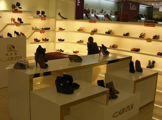 烟台鞋店装修商场男鞋女鞋童鞋专柜设计装修精品店鞋