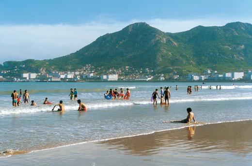 石岛凤凰湖海滨浴场
